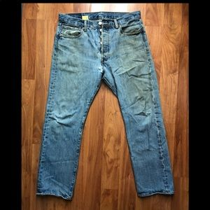 👖VINTAGE 501 LEVI'S W33 L29 Worn out look